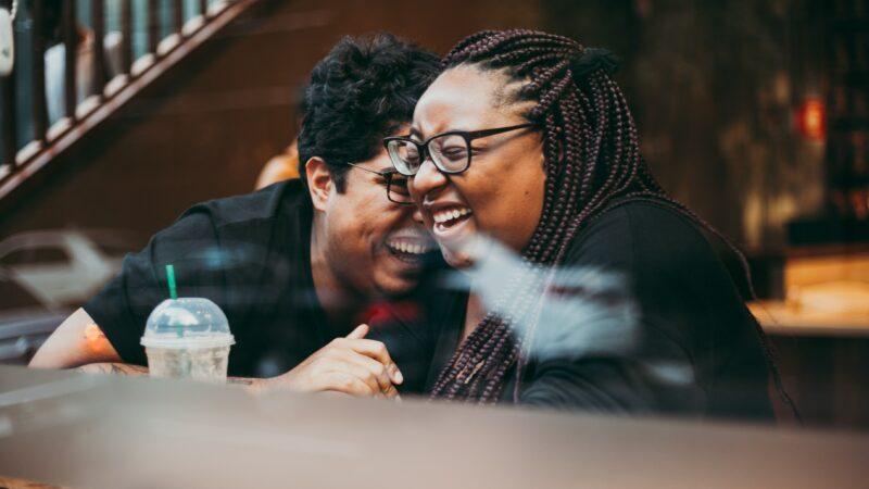 Dating Apps: Fat Girls Swiping